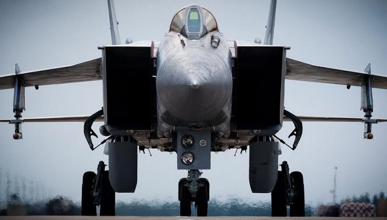 Россия разместит в Арктике истребительную авиацию