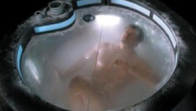 Немецкий ученый добровольно заморощзт свое тело, оплатив услуги на криоконсервацию