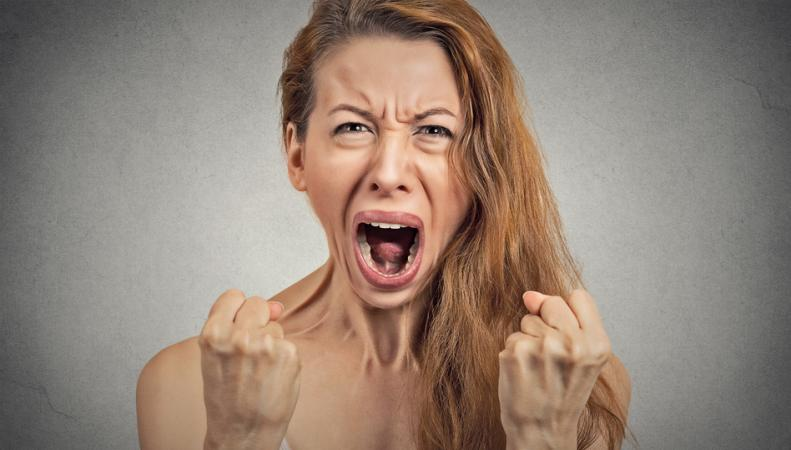 Женская психика страдает от недосыпания