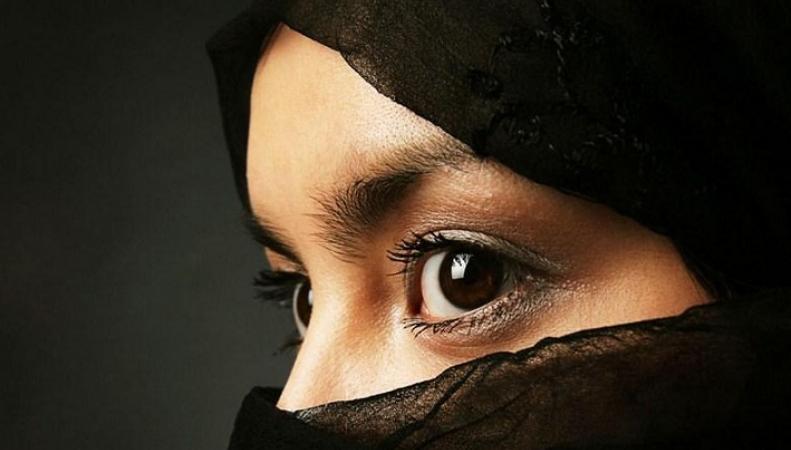 Сбежавшие британские школьницы вышли замуж в Сирии