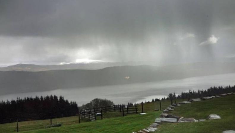 НЛО замечен над озером Лох-Несс