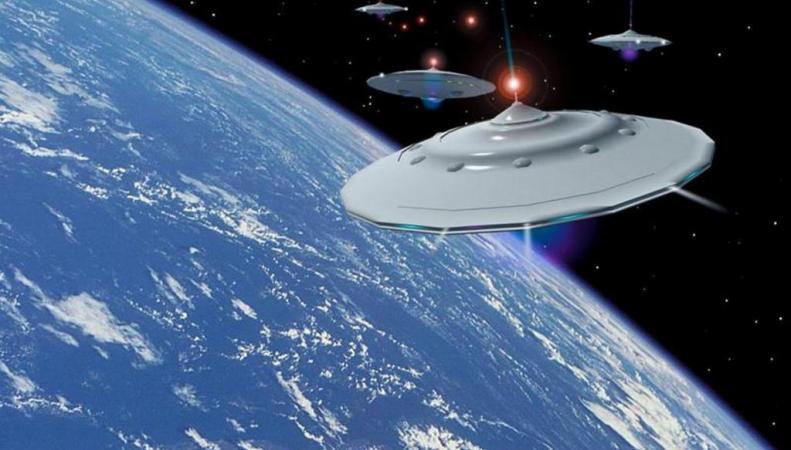 Уфологи снова увидели НЛО на снимке из космоса