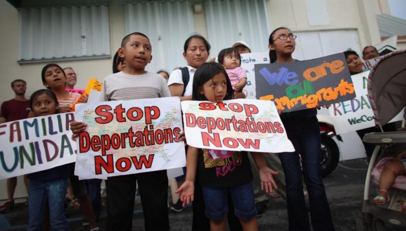В США дети-нелегалы будут депортироваться по распоряжению Обамы