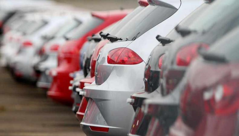 Новые автомобили из салона