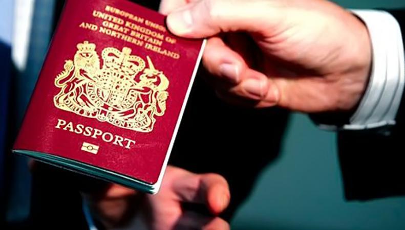 Британцев для просмотра порно обяжут предъявить паспорт