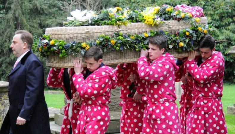 Похороны в халатах