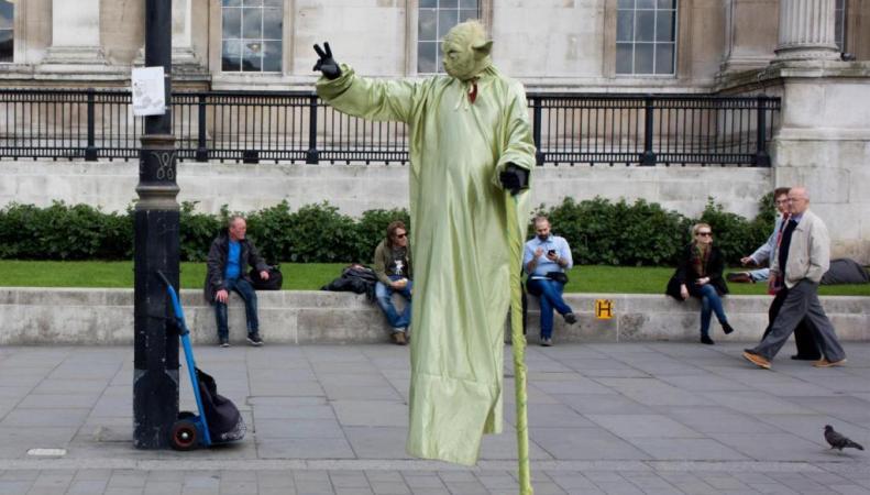 уличное представление в Лондоне