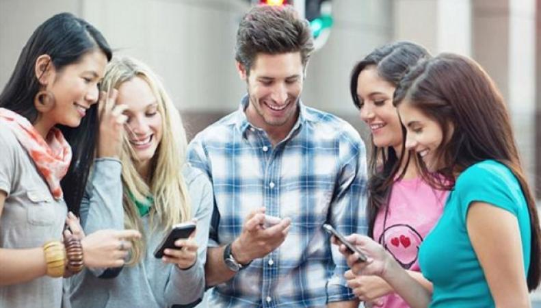 Частое использование мобильных телефонов