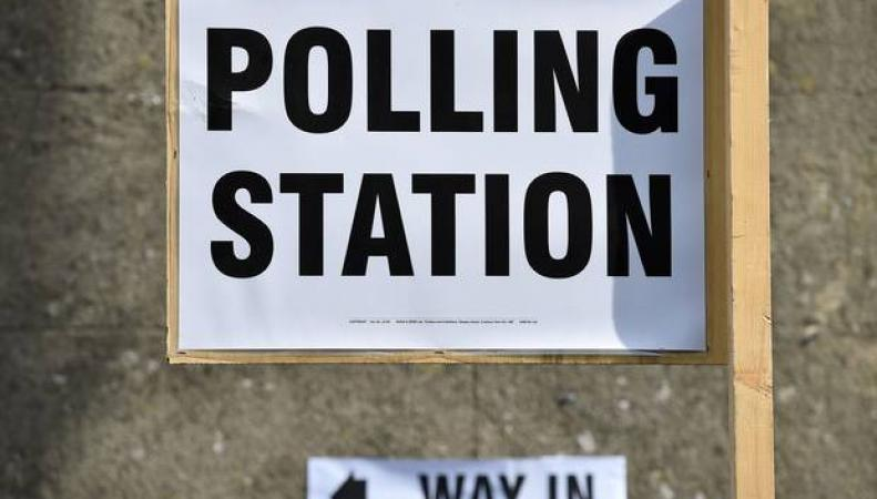 Избирательный участок в Великобритании
