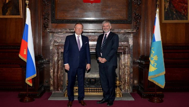 Посол РФ в Великобритании встретился с директором Британского совета по России