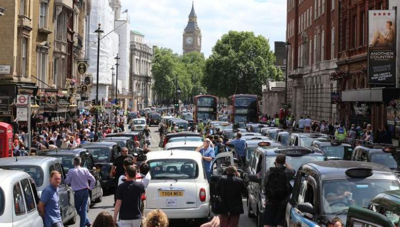 Демонстрация такси Лондона