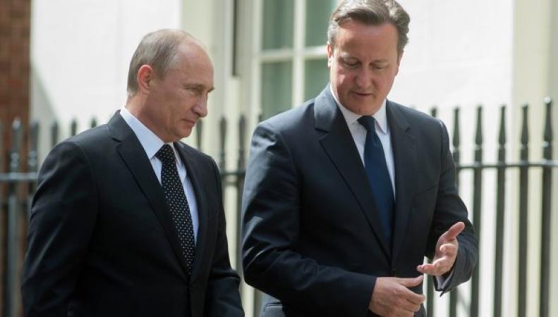 Премьер-министр Великобритании вынужден призвать к диалогу с Россией