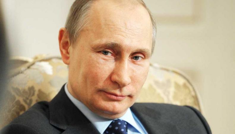 Владимиру Путину Международная федерации плавания вручила орден