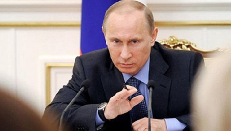 Путин поддержал предложение уничтожать незаконные санкционные продукты