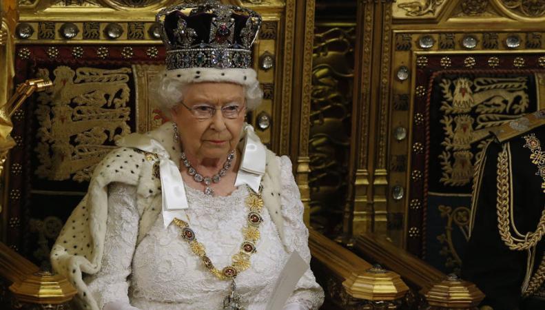 Фотографии покажут все 63 года правления Елизаветы II
