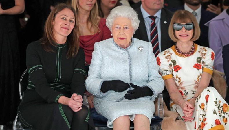 королева Елизавета на Неделе высокой моды