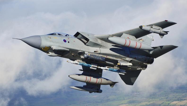 Британских летчиков-истребителей тайно подготовили к боевой операции в Сирии