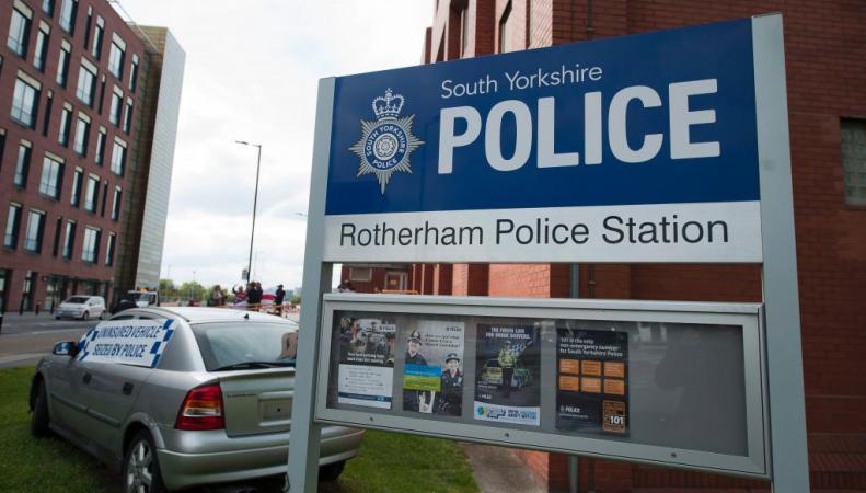 Британский город Ротерем 15 лет держали в страхе педофилы