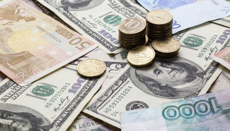 Рубль продолжает стремительный взлет