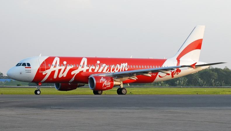 Не выходит на связь самолет с пассажирским рейсом AirAsia, http://upload.wikimedia.org/