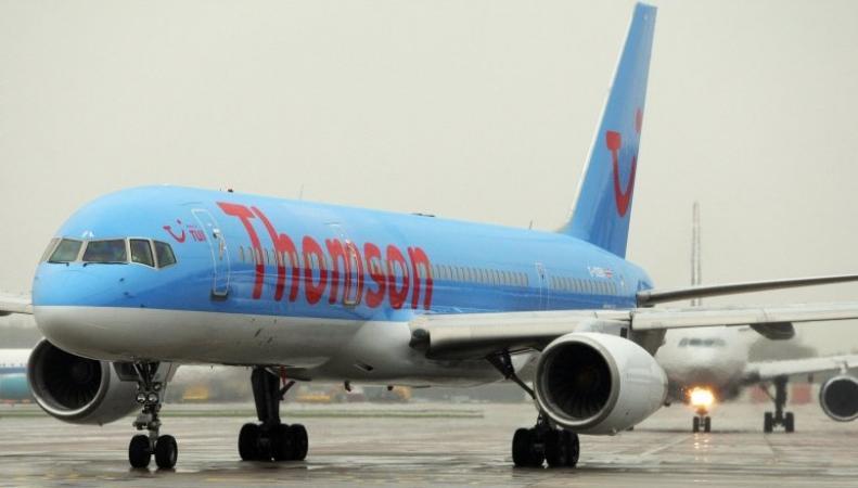 Самолет из Туниса в Эдинбург