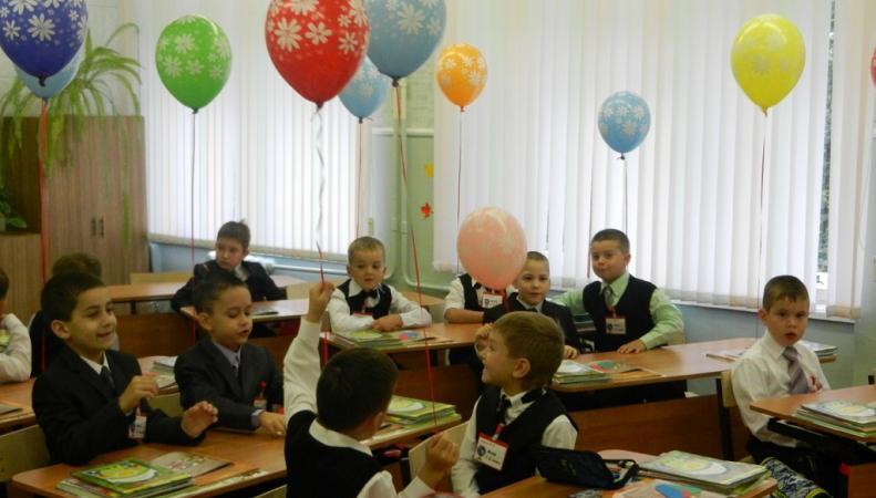 История Украины больше не будет преподаваться в школах ЛНР, http://www.olimpiark.ru/