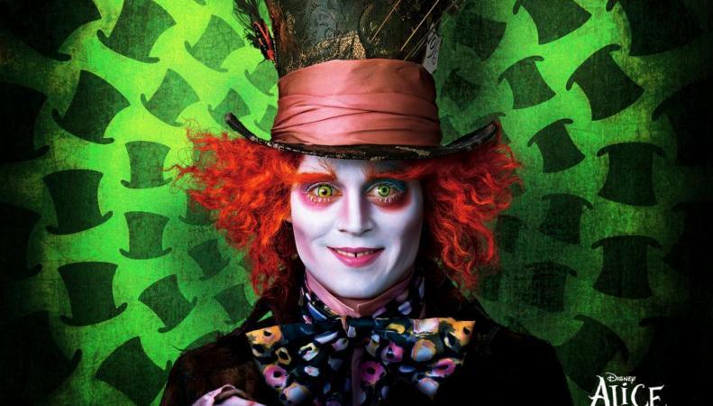 """Джонни Депп в образе Безумного Шляпника из """"Лисы в стране Чудес"""""""