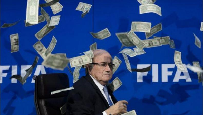 Саймон Бродкин забросал Блаттера деньгами