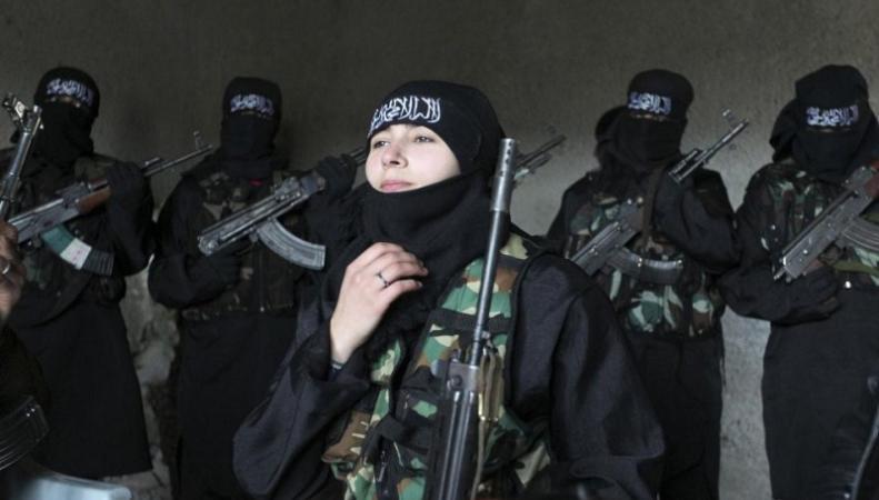 Спецслужбы ищут террористок, которые хотят устроить теракт в России