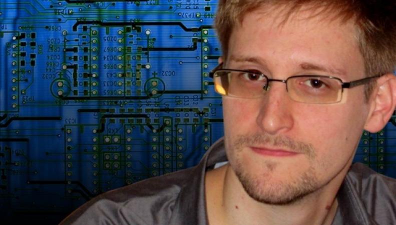 Сноуден помог России в захвате Крыма - Великобритания