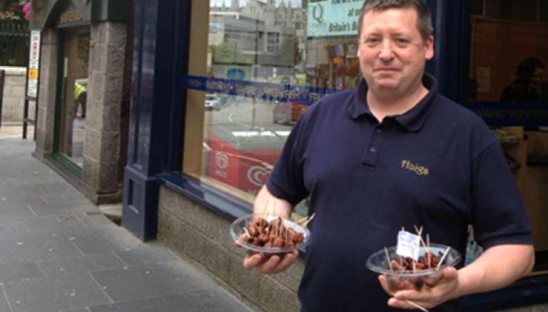 К ЧМ-2014 предприимчивый шотландец изготовил фирменные сосиски