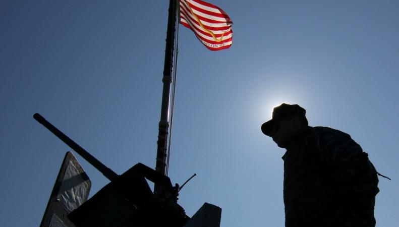 Солдат и флаг США
