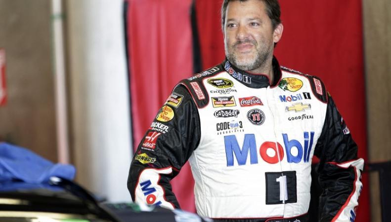 Гонщик NASCAR Тони Стюарт