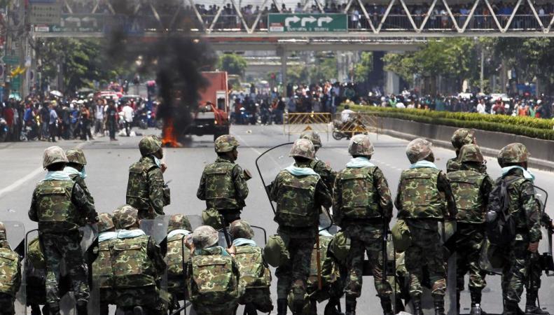 Таиланд военное положение