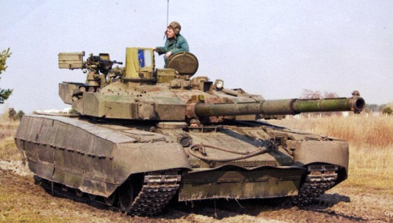 Танки Нацгвардии стягиваются к Донецку, в городе идут бои, http://mostinfo.su/