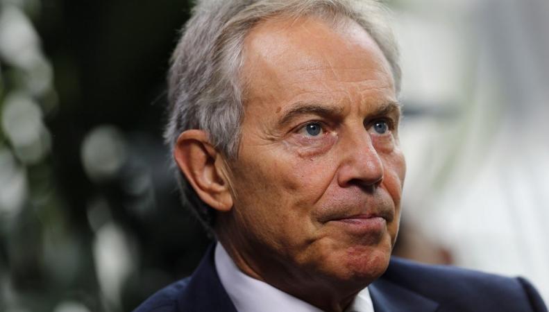"""Тони Блэр публично извинился за """"ошибки"""" войны в Ираке"""