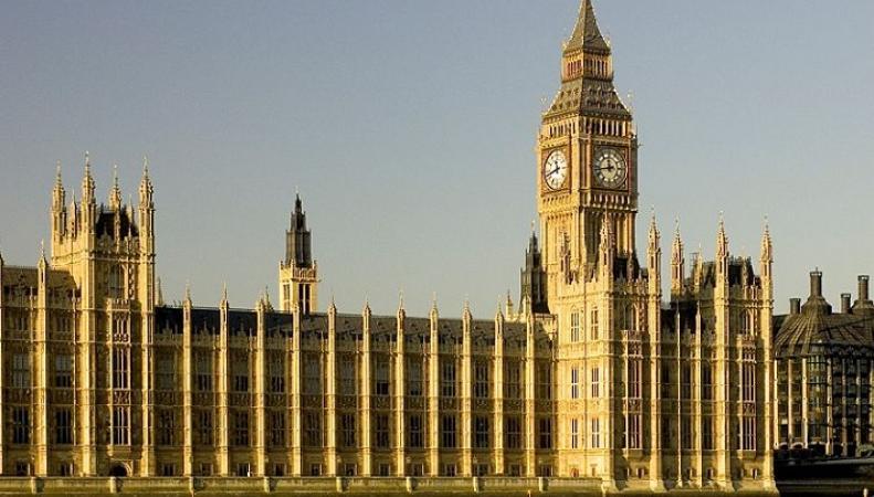 Великобритания освободила сотни нацистов под давлением США