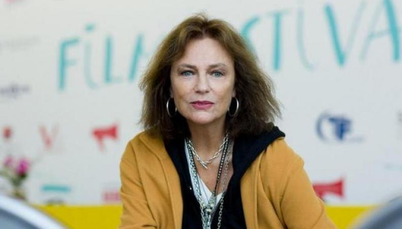 Жаклин Биссет в России