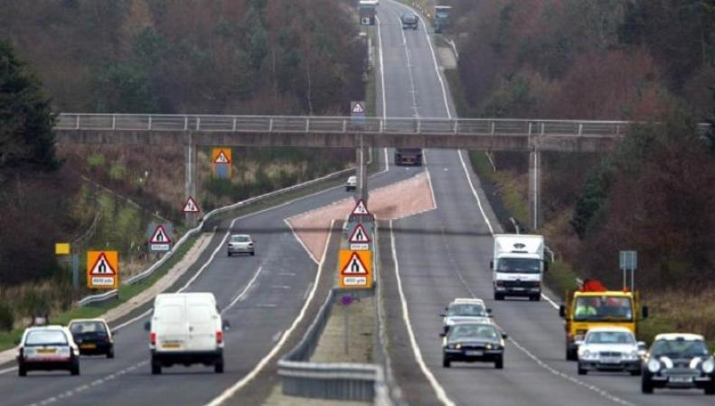 Самые оживленные автомагистрали Британии предложили накрыть особым материалом