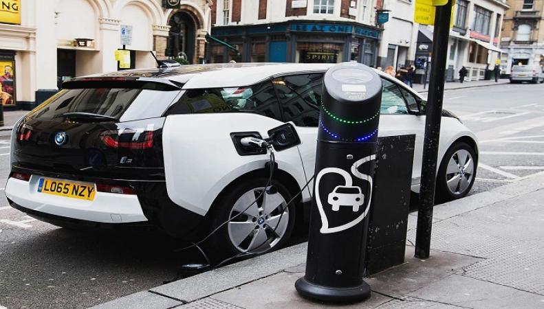 Шотландия желает освободиться отбензиновых авто до 2032г
