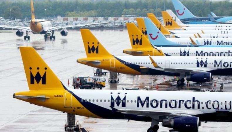 самолеты в ливрее Monarch