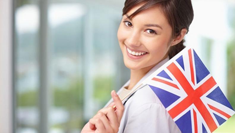 Британская молодежь спешит зарегистрироваться для участия в досрочных парламентских выборах