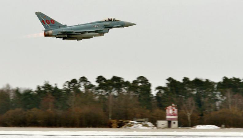 Британские истребители были подняты по тревоги из-за российских самолётов
