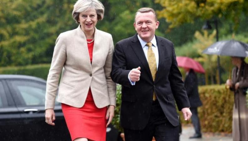 Тереза Мэй отправилась на континент добиваться честных условий развода с ЕС фото:telegraph.co.uk