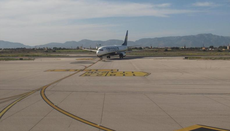 Ryanair предъявил ультиматум британскому правительству   фото:independent