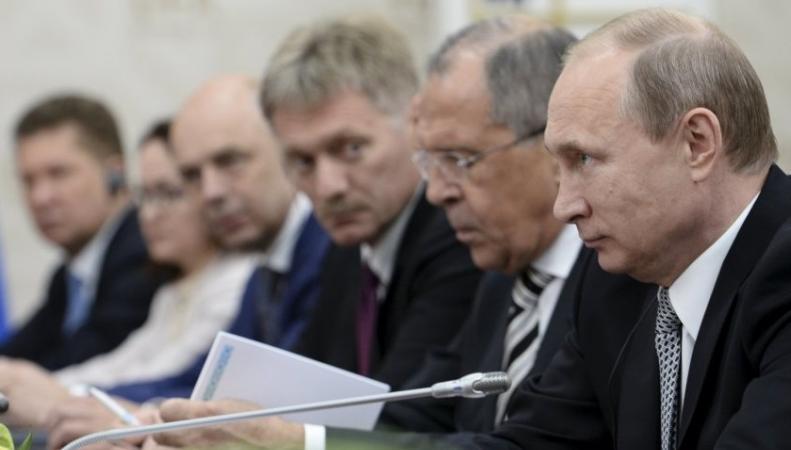 Путин, Песков, Лавров