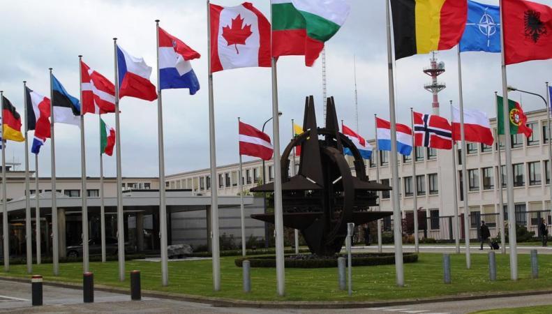 Командующий ВМС НАТО: союз несчитает РФ противником