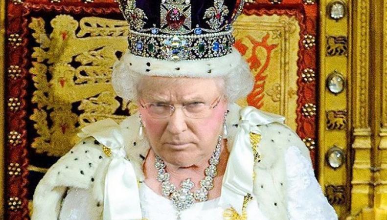 Соцсети взорвали фото Трампа в образе королевы Великобритании