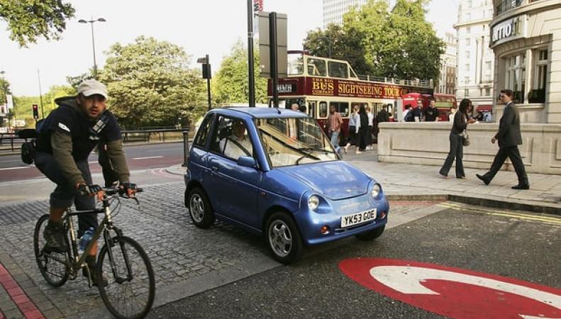 Британское правительство требует повысить уровень шума в электромобилях