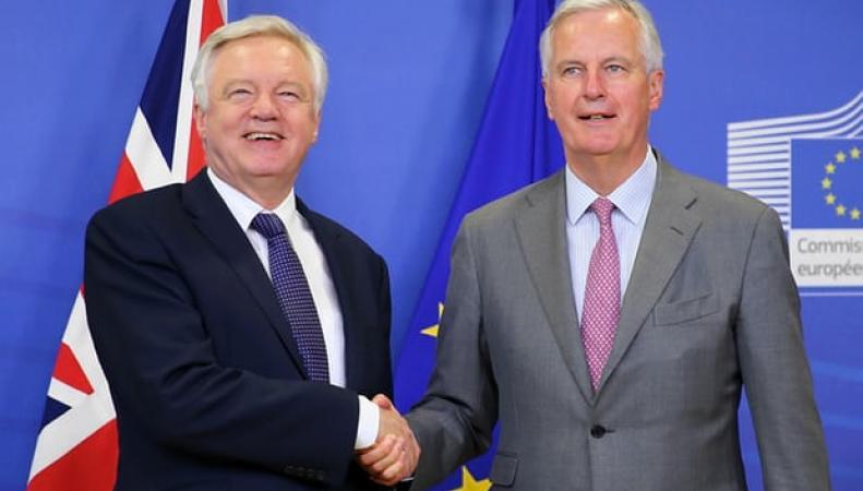 Дэвид Дэвис покинул Брюссель менее чем через час после начала переговоров по Брекзиту фото:theguardian